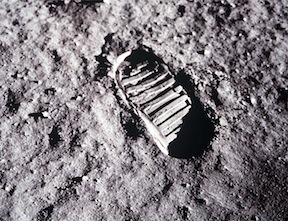 Lunar-footprint