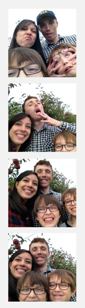 apple picking new york photobooth